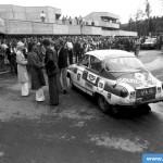 AYA-10 Jyväskylän Suurajot 1977. Voitto Lindholm - Matti Salminen. Palkintojenjako. Luokan 3:s.